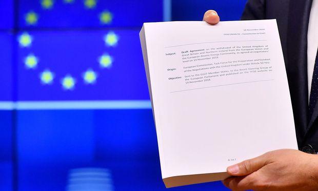 In Großbritannien umstritten, in der EU wohlwollend aufgenommen: der Brexit-Vertrag.