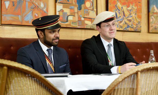 Michael Jayasekara (l.) wird nach Peter Neuböck Präsident des ÖCV.