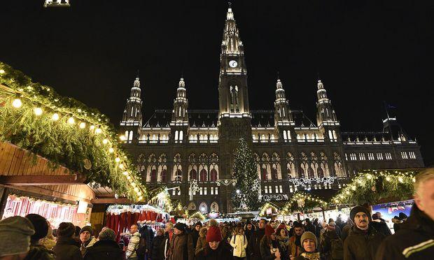 Weihnachtsmarkt Wien Eröffnung.Christkindlmarkt Der Wiener Rathausplatz Leuchtet Wieder