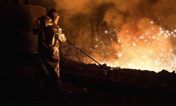 Die Metallarbeiter in Österreich streiken.