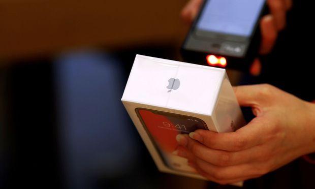 Apple steht kurz davor, an der Börse eine Billion wert zu sein.