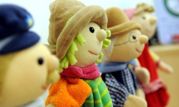 Satzbau, Wortschatz und Erzählweise der Kinder sollen von eigens ausgebildetem Personal im Kindergarten beobachtet werden.