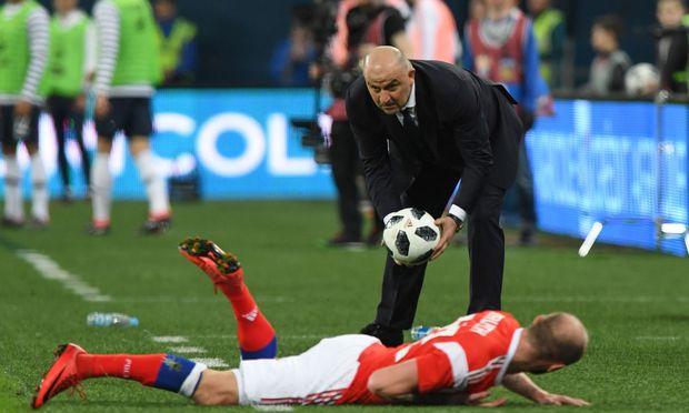 Teamchef Stanislas Tschertessow schwingt seit rund zwei Jahren das Zepter bei der russischen Nationalmannschaft.