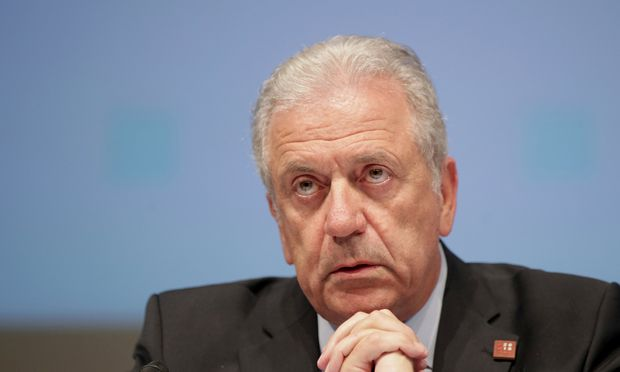 Nordafrika sei nicht bereit, der EU zu helfen, sagt Kommissar Avramopoulos.