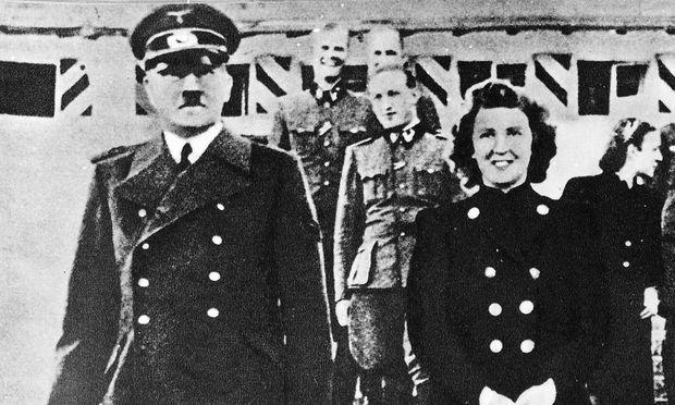 Adolf Hitler und Eva Braun, 1940