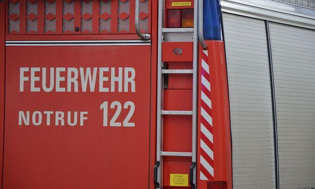 Archivbild. Alle Feuerwehren der Region waren bei einem Großbrand in Wulkaprodersdorf im Einsatz. / Bild: (c) Presse/Patek