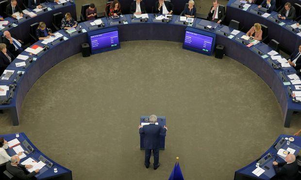 """""""Ja, ich liebe Europa"""": Kommissionschef Juncker bei seiner Rede am Mittwoch in Straßburg."""