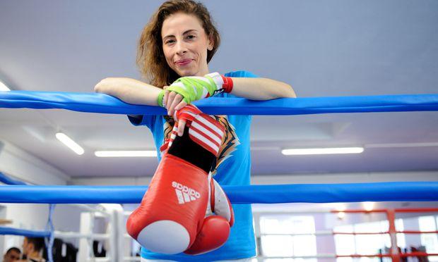 Kati Zambito trainiert im Bounce – und hat unlängst ihren ersten Boxkampf absolviert.