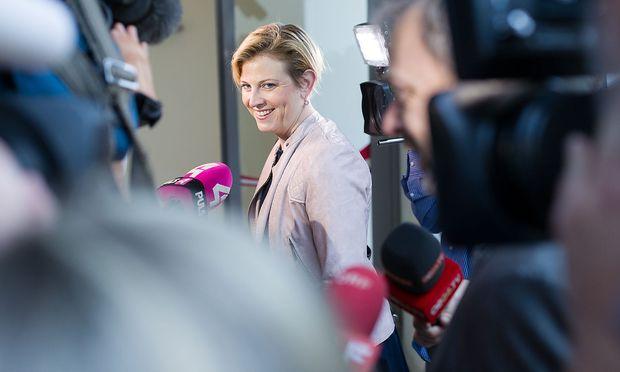 Angriffig gegenüber Regierung und Oppositionskollegen: Beate Meinl-Reisinger.