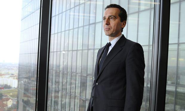 Ein neuer Stil im Kanzleramt – nicht nur modisch: Christian Kern, Manager mit Wurzeln in Wien Simmering, übernimmt die vormalige Arbeiterpartei  SPÖ.