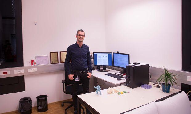 Der Vorarlberger Bernd Bickel ist nach Stationen in den USA, der Schweiz und Deutschland 2015 nach Klosterneuburg gezogen, um am 3-D-Druck zu forschen.