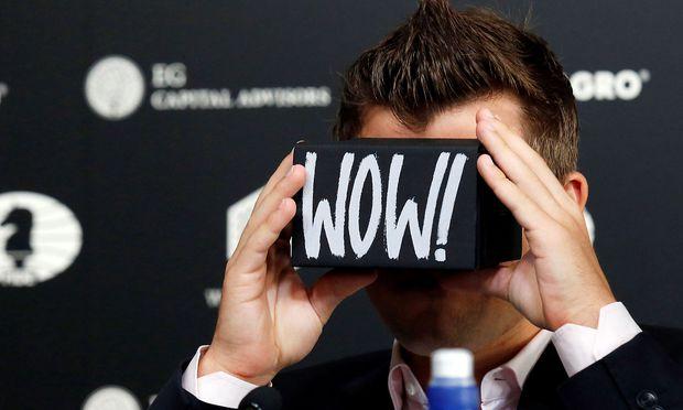 Eine Virtual-Reality-Brille, die ohne Smartphone oder PC auskommt.