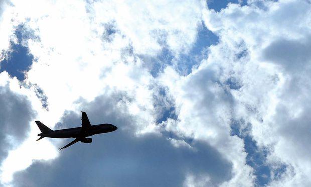 Berechnet: Reisen mit dem Flugzeug birgt wenig Risiko. / Bild: (c) APA/BARBARA GINDL