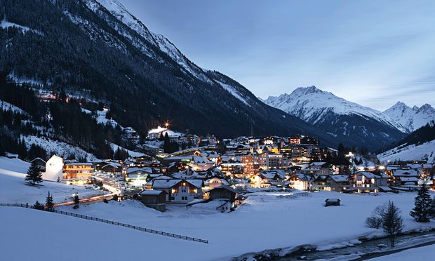Austria Tyrol view on Ischgl in winter at dusk PUBLICATIONxINxGERxSUIxAUTxHUNxONLY ABF000651