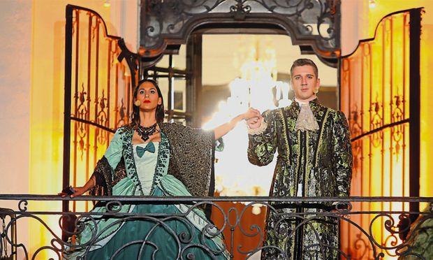 Souverän: Nathalie Peña-Comas als Gräfin Almaviva, Slaven Abazovic als Graf.