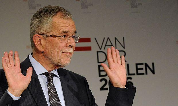 Umfragen sehen Van der Bellen weiterhin an der Spitze