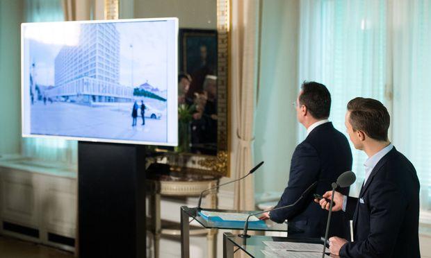 Vizekanzler Strache und Kulturminister Blümel (v.l.) nehmen das Turmprojekt ins Visier.