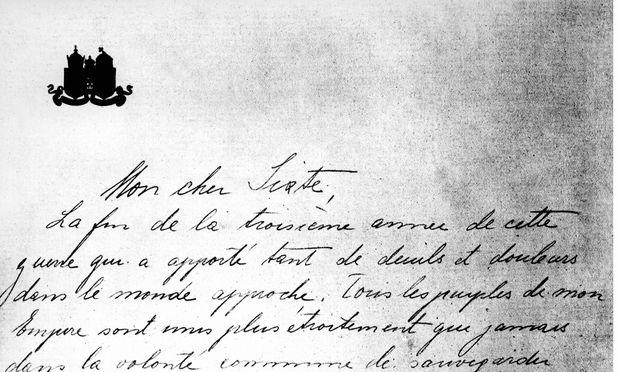 """14 Entwürfe: """"Mon cher Sixte"""", Brief Kaiser Karls an seinen Schwager Prinz Sixtus von Bourbon-Parma. / Bild: (c) FOTO WILHELM / Interfoto / picturedesk.com"""