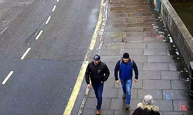 Behörden in London benennen zwei Russen als Verdächtige