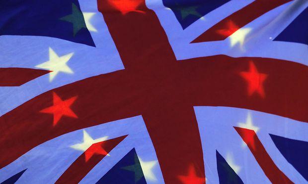 EU-Flagge und Union Jack: Hoffnungsschimmer für eine Einigung?