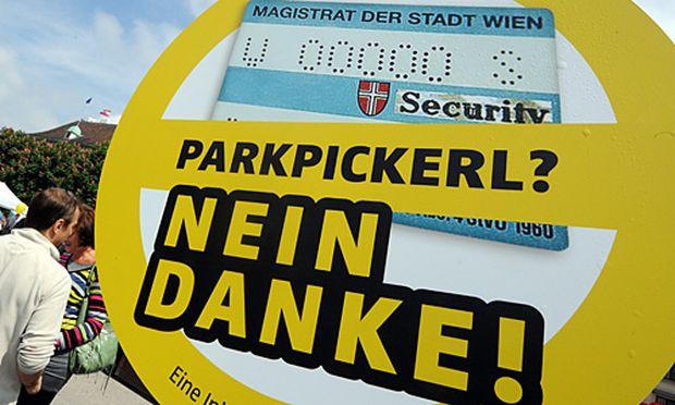 ÖVP und FPÖ fordern eine Volksbefragung über die Ausweitung der Parkpickerl-Zonen
