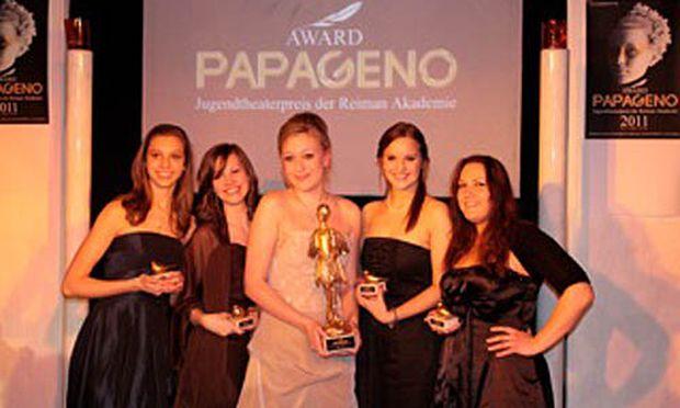 Jugendtheaterpreis Papageno erstmals vergeben