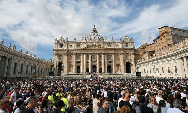 Archivbild vom Petersplatz in Rom.