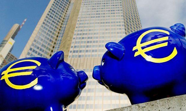 Euro-Sparschweine an der EZB