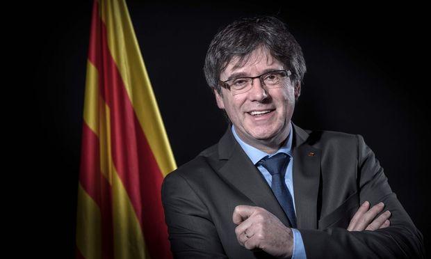 Carles Puigdemont verzichtet auf Amt des Regionalpräsidenten in Katalonien