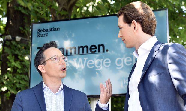 Peter L. Eppinger (links) engagiert sich nun für die Bewegung von Sebastian Kurz. [ / Bild: (c) APA/HANS PUNZ