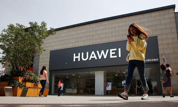 Archivbild: Ein Huawei-Geschäft in Peking