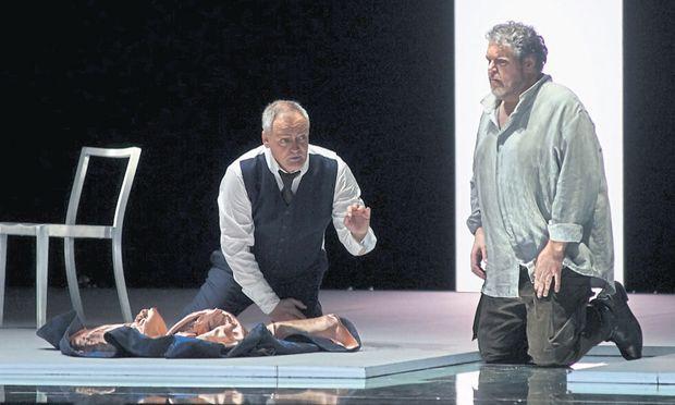 Überzeugend: Stephen Gould als Otello (rechts), hier mit Andrzej Dobber als Jago.