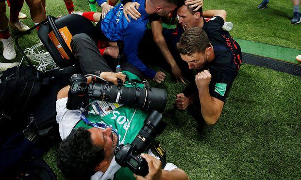 Fotograf Yuri Cortez: Von den kroatischen Spielern umgerannt.