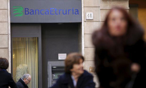 Durch die Probleme bei der Banca Etruria gerät die Renzi-Regierung unter Druck.