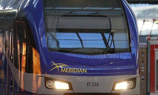 Die Meridian-Züge der Bayrischen Oberlandbahn sind mit dem Zugsicherungssystem PZB ausgestattet.