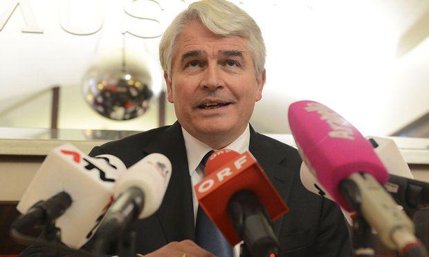 Heinrich Schmidinger, der Rektor der Uni Salzburg, tritt ab