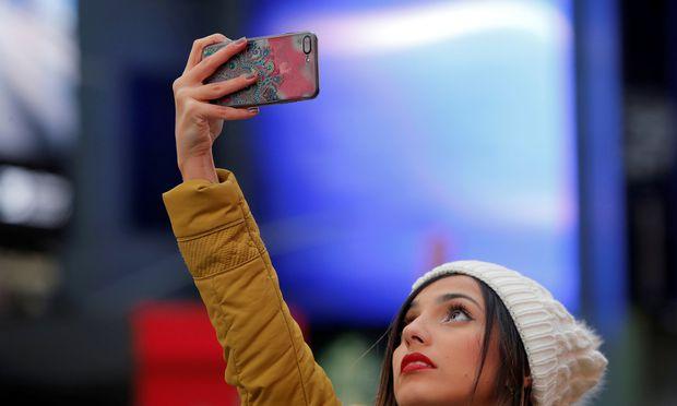 Eigentlich sind auch Selfies schon Vergangenheit – der neue Standard 5G eröffnet eine neue Datenwelt.