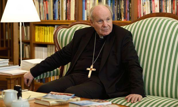 Kardinal Schönborn möchte verschärft gegen das Verwenden verbotener Symbole vorgehen.