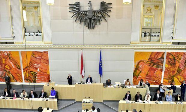 Erste Nationalratssitzung mit der neuen Regierung
