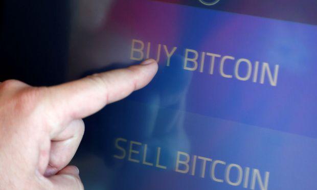 Der Preis des Bitcoins ist seit Tagen unter Druck / Bild: REUTERS