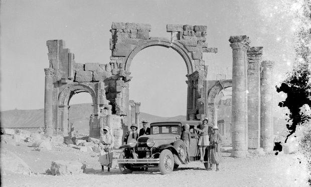 Palmyra um 1930: Die Bögen sind heute zu zwei Drittel zerstört