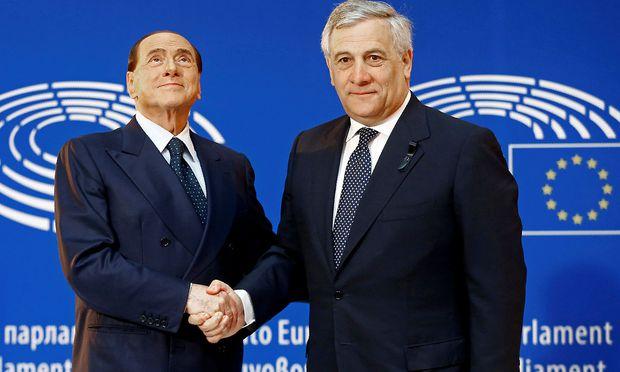 Tajani gehört neben Berluconi zu den Gründern der Forza Italia.