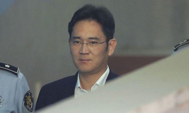 Samsung-Erbe muss für fünf Jahre ins Gefängnis