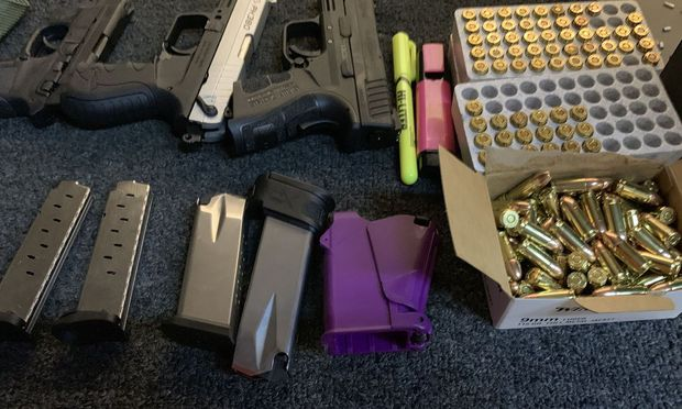 Was auf einer Shooting Range  ins Geld geht, ist weniger das Mieten der Bahn, als das Ausborgen der Waffen und die damit verkaufte Munition.