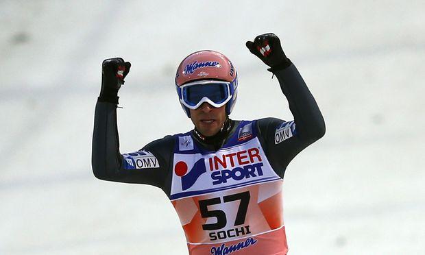 Skispringen Elfter Weltcupsieg fuer