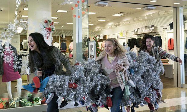 Spaß statt Weihnachtsstress: Amy (Mila Kunis), Kiki (Kristen Bell) und Carly (Kathryn Hahn) wollen sich das Fest zurückerobern.