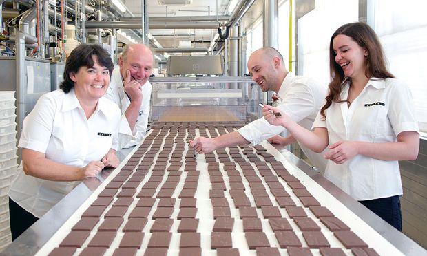 Familie Zotter (Ulrike, Sepp, Michi, Julia, v.l.) lebt seit zwölf Jahren Inklusion in ihrem Unternehmen.