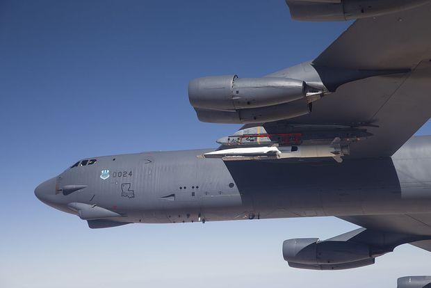 Waverider an einer B-52