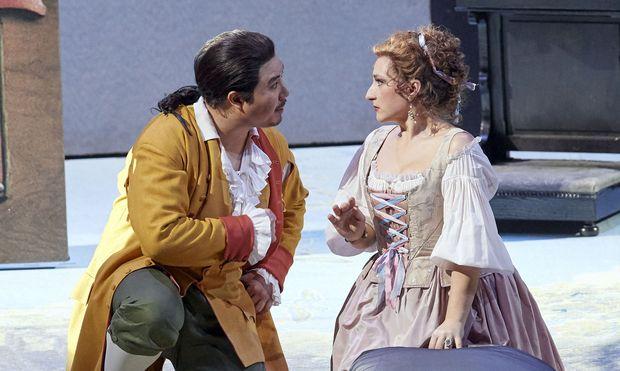 Jongmin Park und Olga Bezsmertna: Figaro und Gräfin aus dem Ensemble auf Festspielniveau.