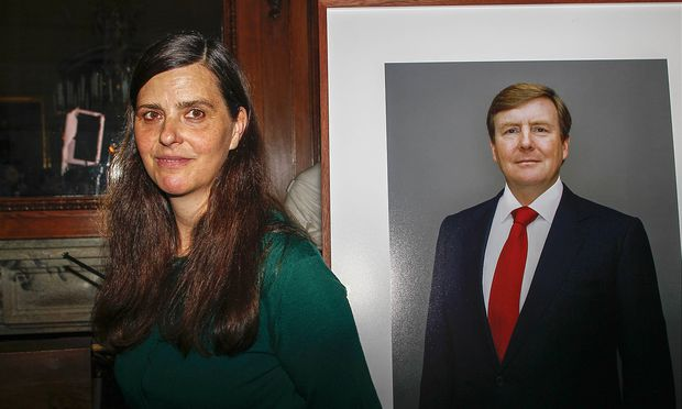 24 04 2014 Apeldoorn Unveling of the 3 new official portraits of King Willem Alexander at palace het